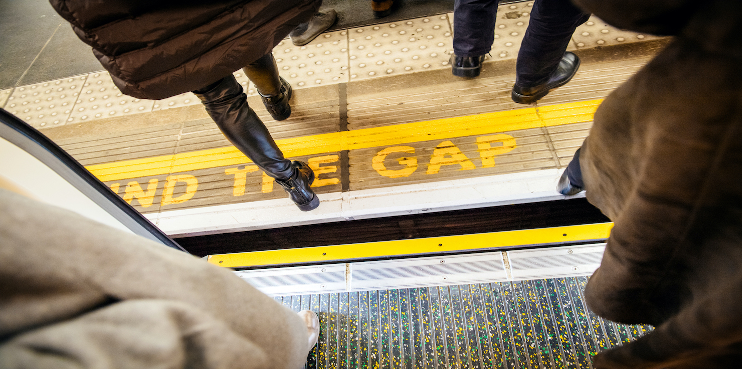 How Can Leadership Best 'Mind the Gap' in Large Organizations?
